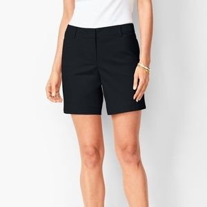 Talbots Perfect Shorts . Black. Size 16